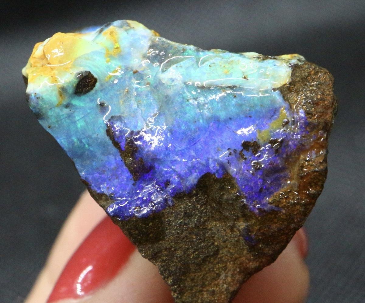 ボルダー オパールオーストラリア産 原石 鉱物 天然石 29,7g OP046 パワーストーン