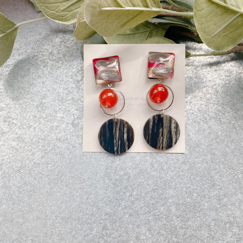 """ Earrings NO.danoan-91″ ペイントとドイツビーズ"