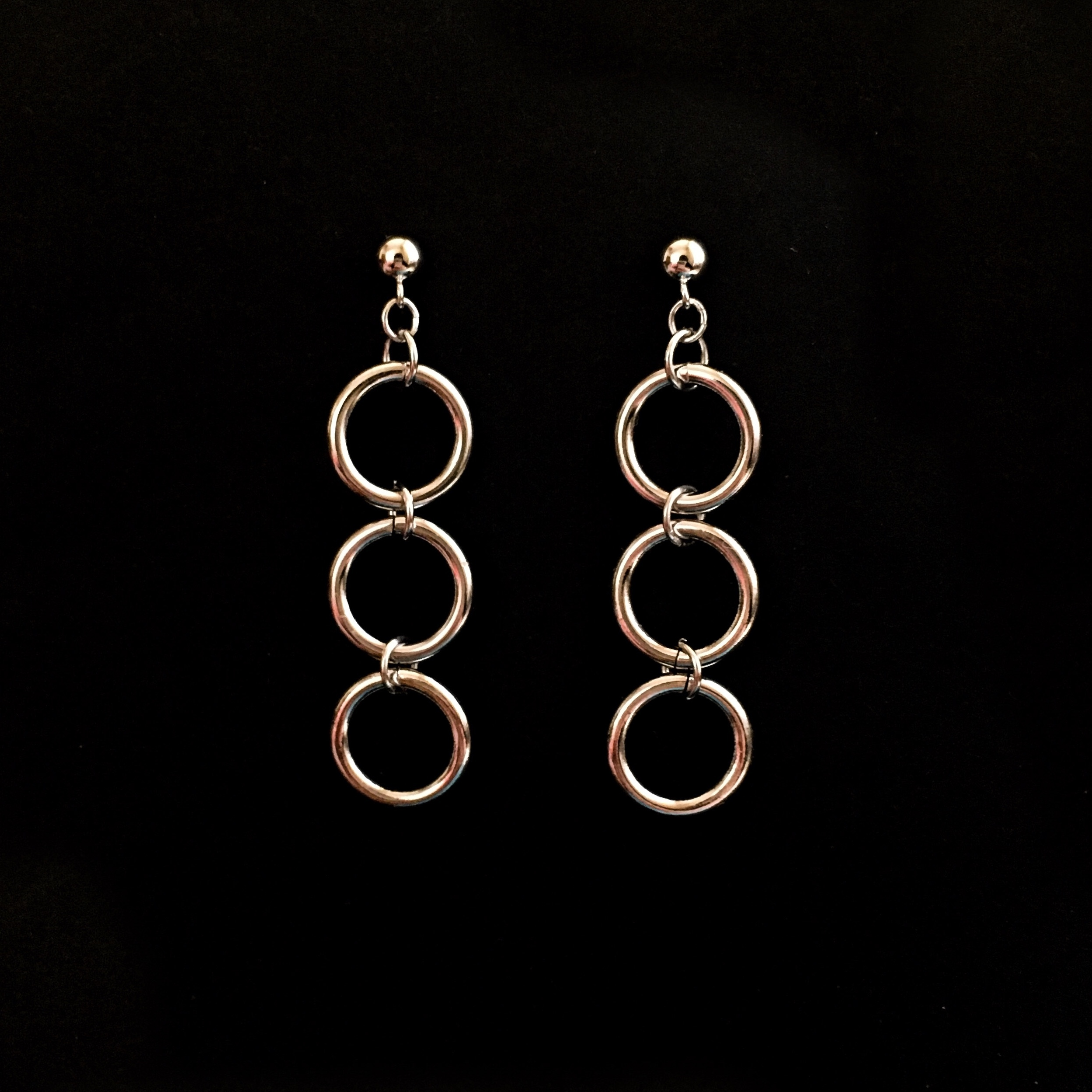 E-47 pierce/earring