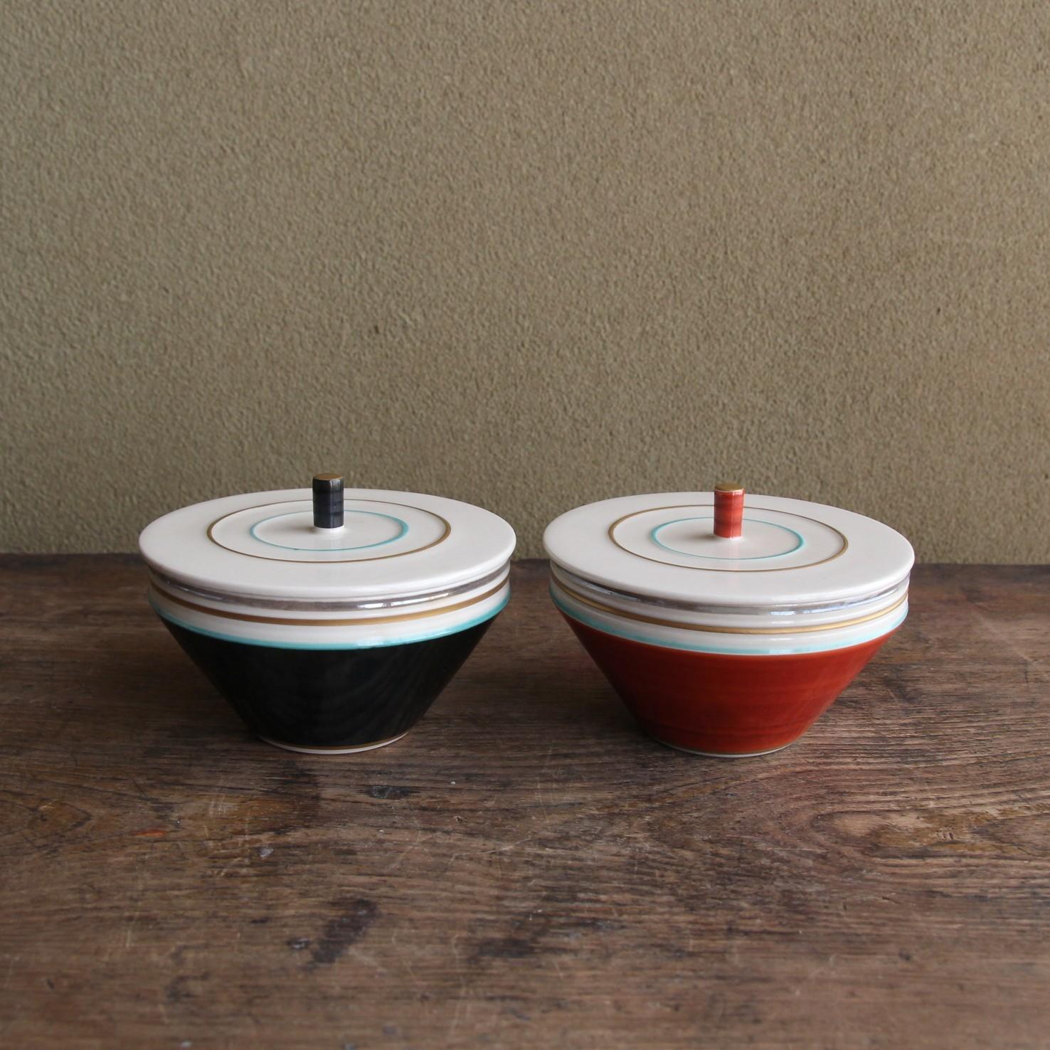 独楽柄の夫婦小蓋鉢
