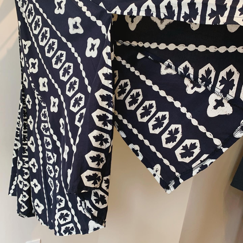 vintage Euro monotone design skirt