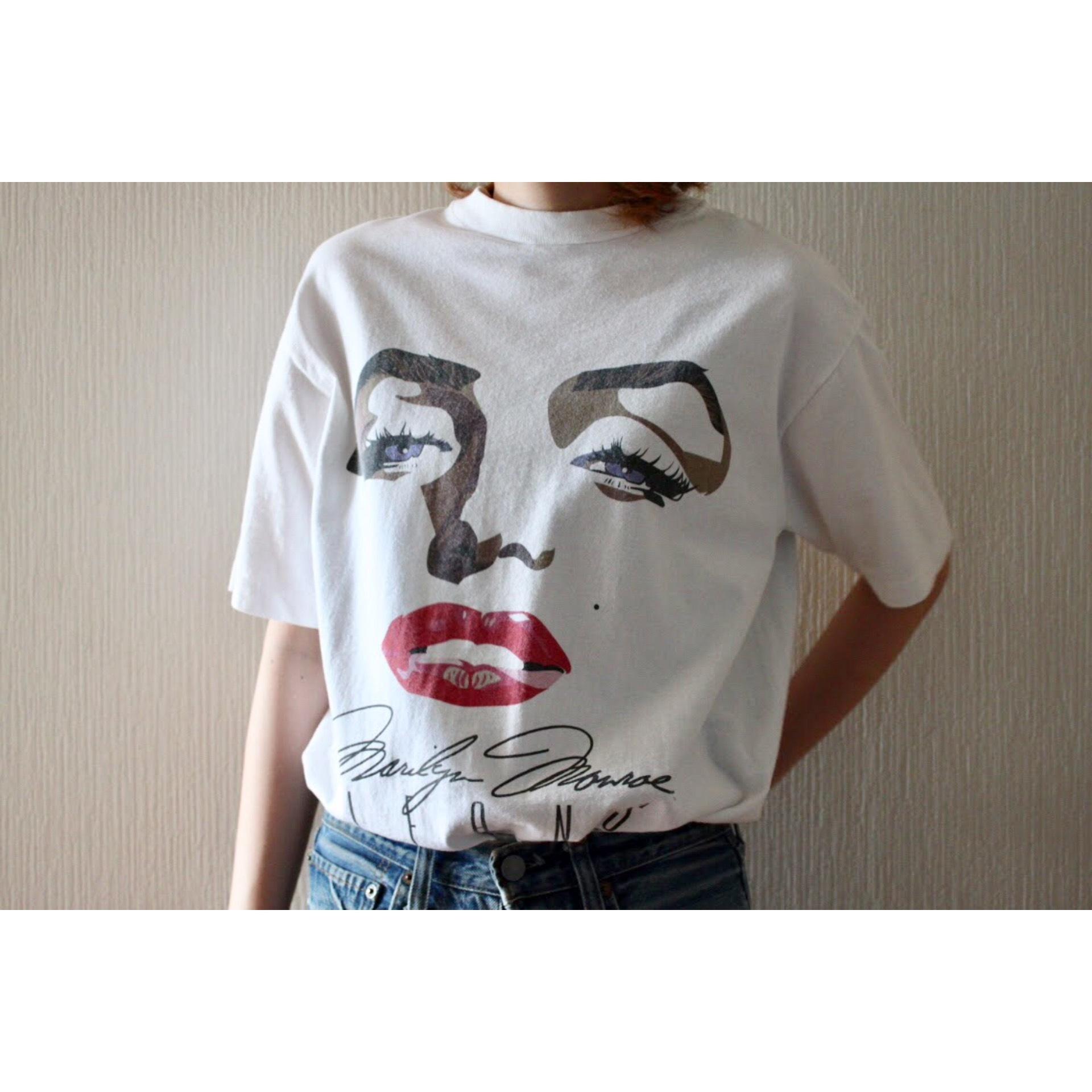 "Vintage ""Marilyn Monroe"" t shirt"