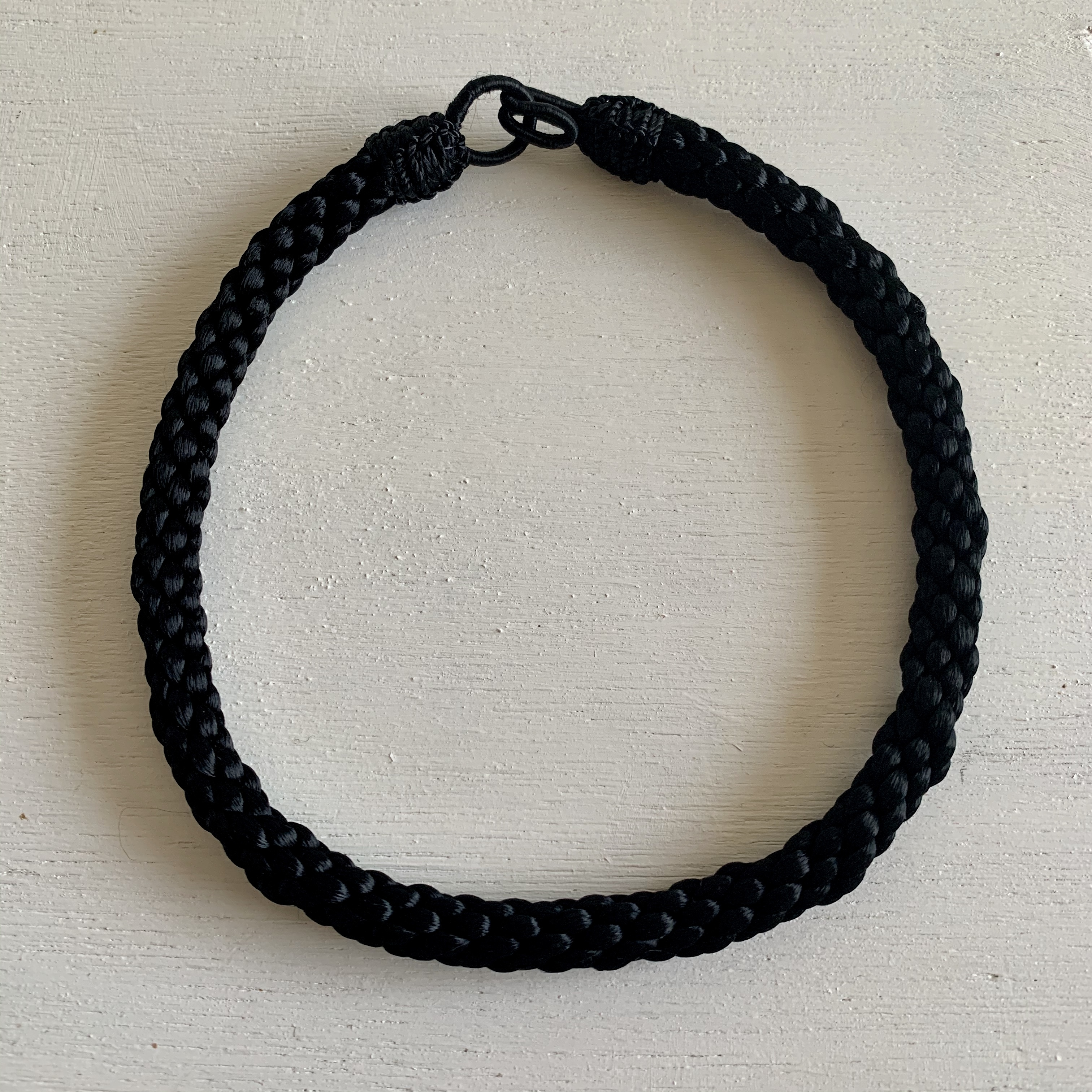 カクタスシルクのチョーカーネックレス ブラック