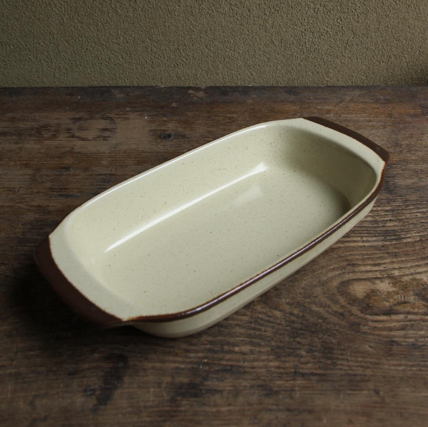 アポロ ストーンウェア グラタン皿 在庫3枚