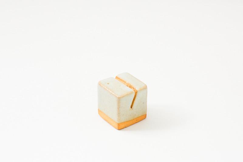 カードホルダー ライト 陶器