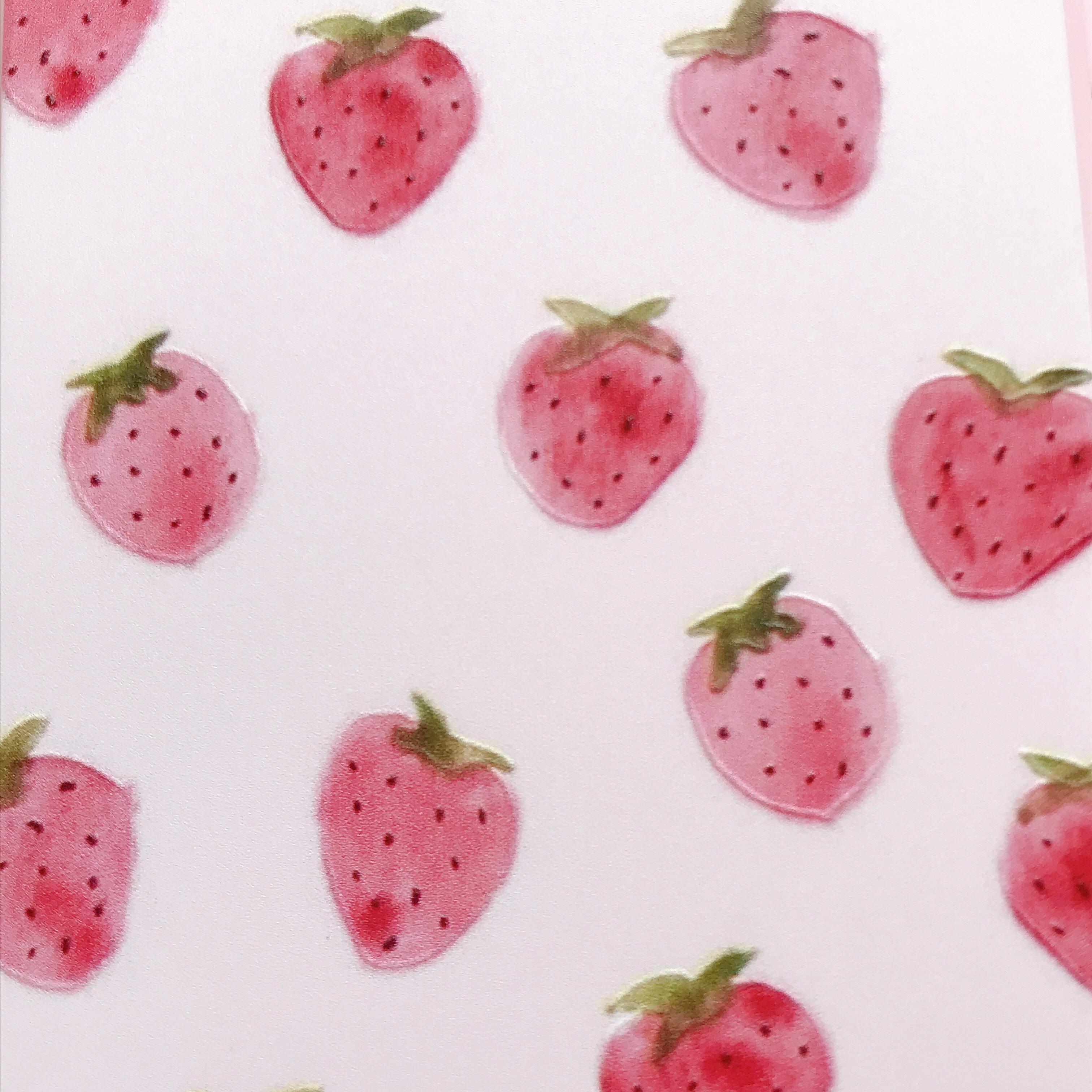 ふんわり苺イラスト ソフト Ipnoneケース Iphoneケース専門店 Loulou キラキラ ピンク ハート シンプル おしゃれで かわいい