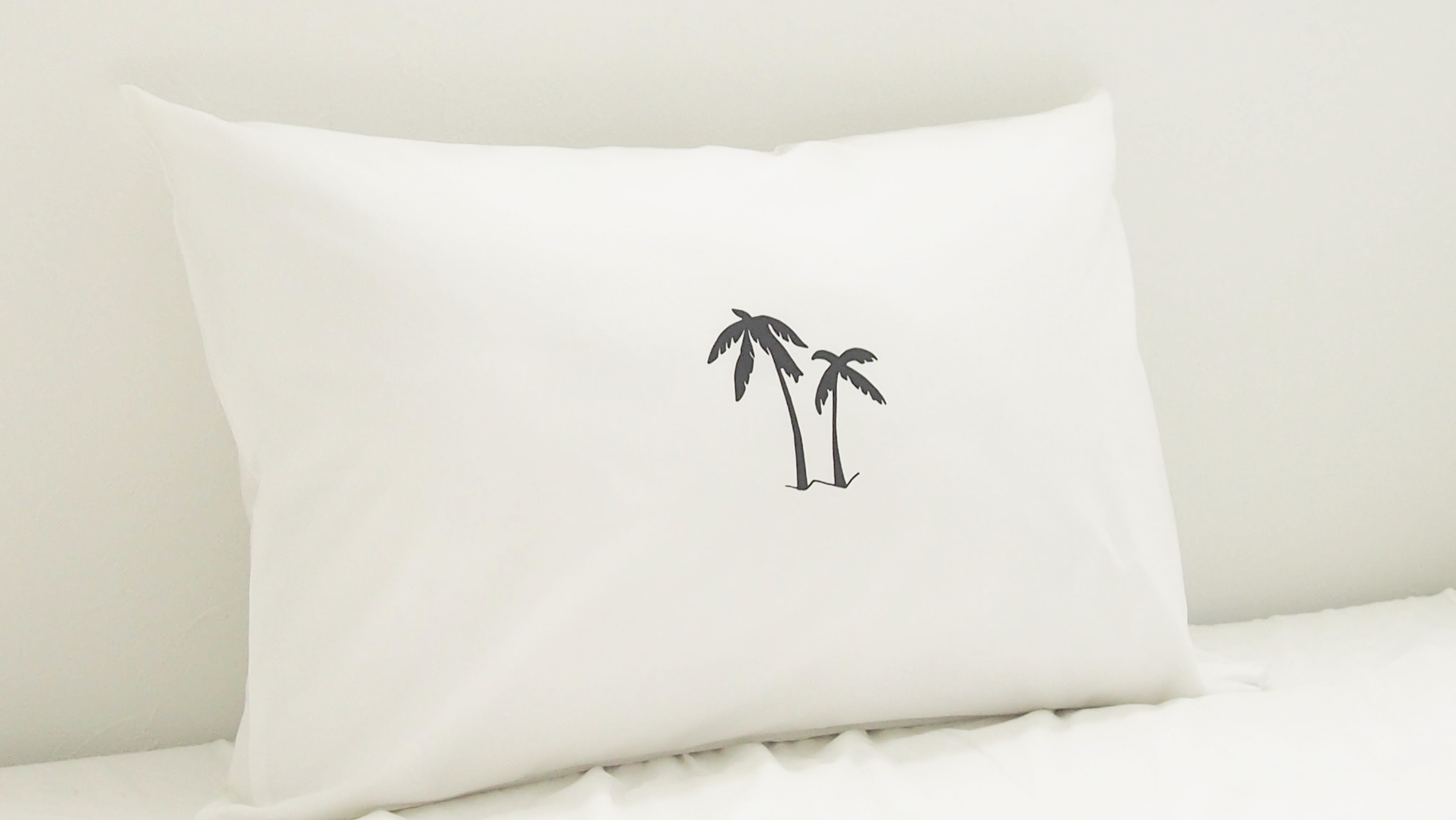 """""""the icon"""" PALM TREE PILLOW CASE"""
