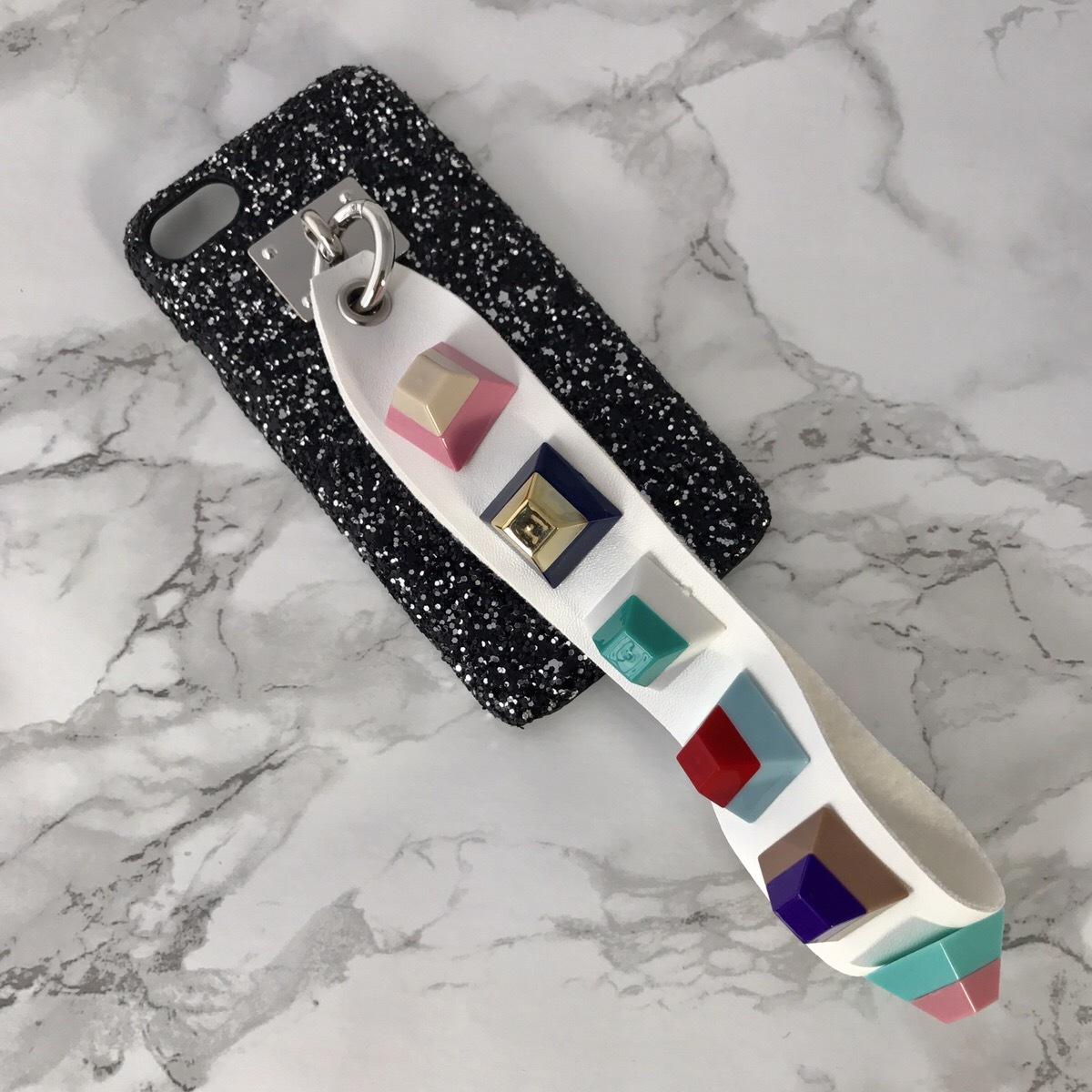 【送料無料】グリッターケース&レインボースタッズ ストラップ  iPhoneケース