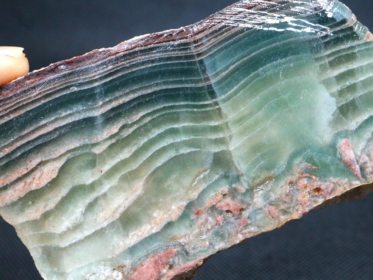 自主採掘!カリフォルニア産 フローライト 蛍石 原石 108,8g  FL038 鉱物 天然石 パワーストーン