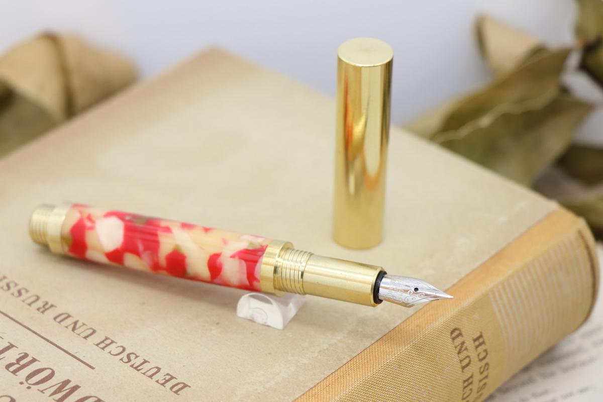 在庫あり「Dessin・ゴールドフィッシュ」手作り万年筆Viriditas