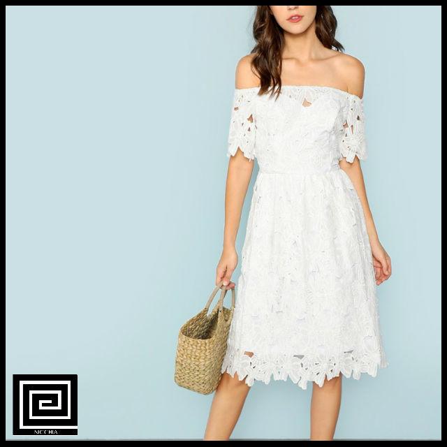 オフショルダーレースドレス