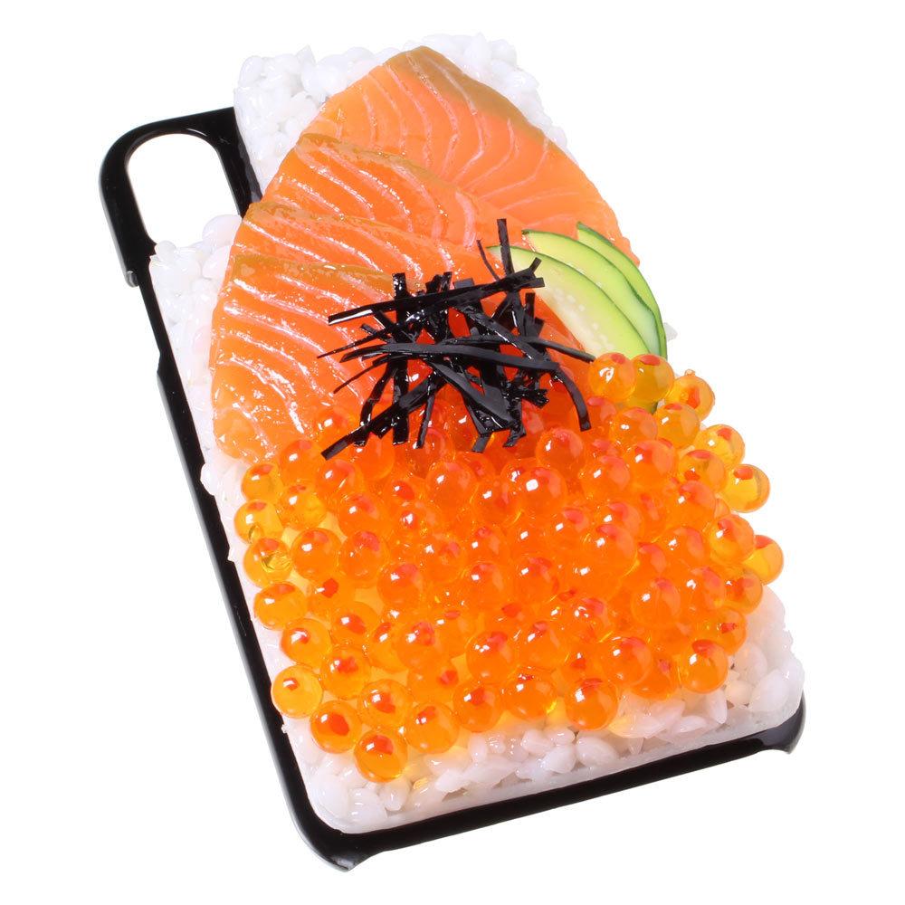 [8000]食品サンプル屋さんのスマホケース(iPhone XS、XS Max、XR:鮭イクラ丼)【メール便不可】