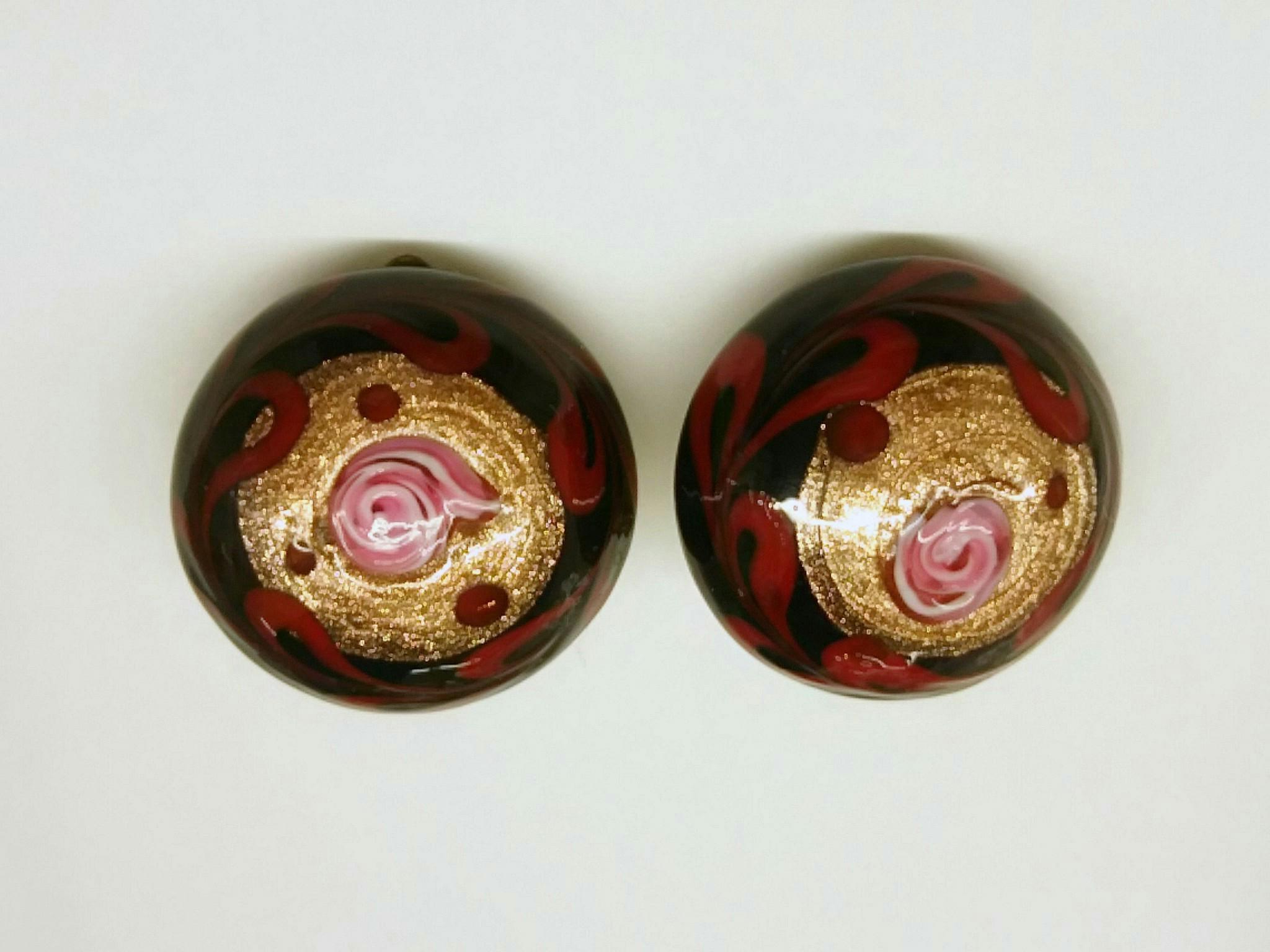 ボタン イヤリング 赤黒アベンチュリン