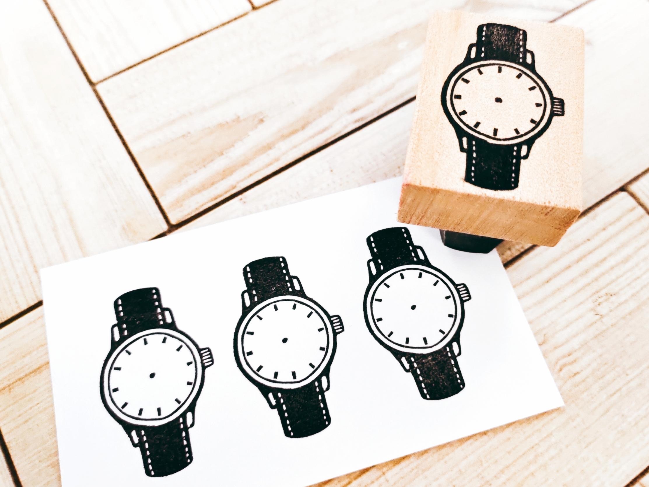 レトロな腕時計(針なし)