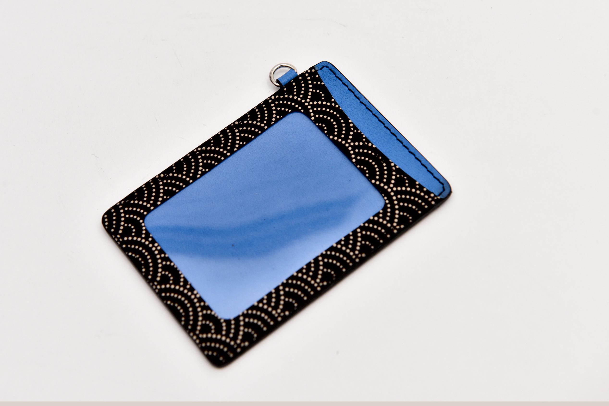 印伝パスケース 青海波×スイフトレザー(ブルー)