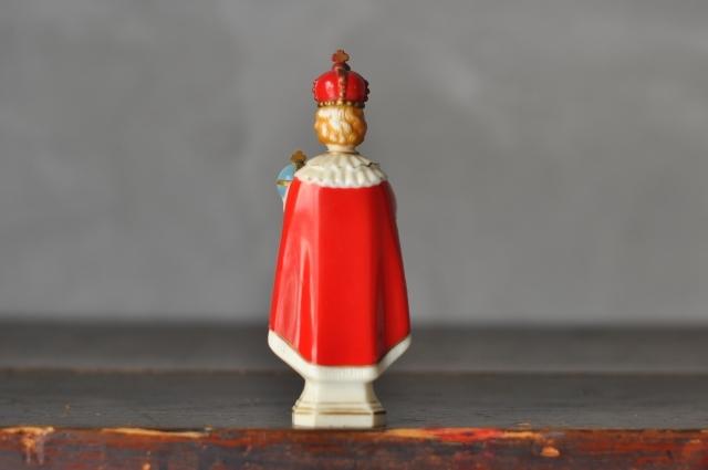 プラハの幼子イエス プラスチック像