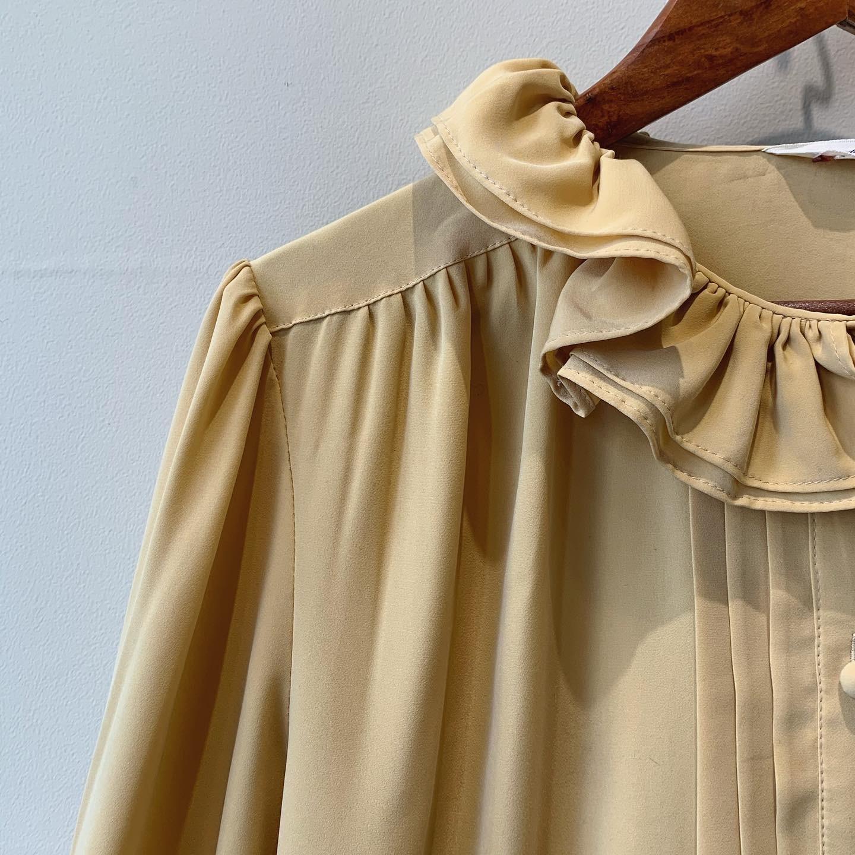 vintage frill design shirts