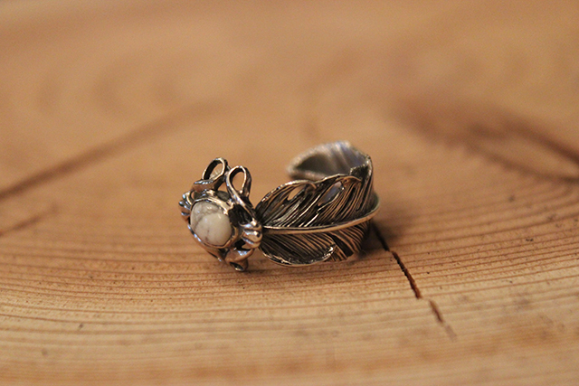 Designers Jewelry buff マグネサイト付 千年フェザーリング(M1)