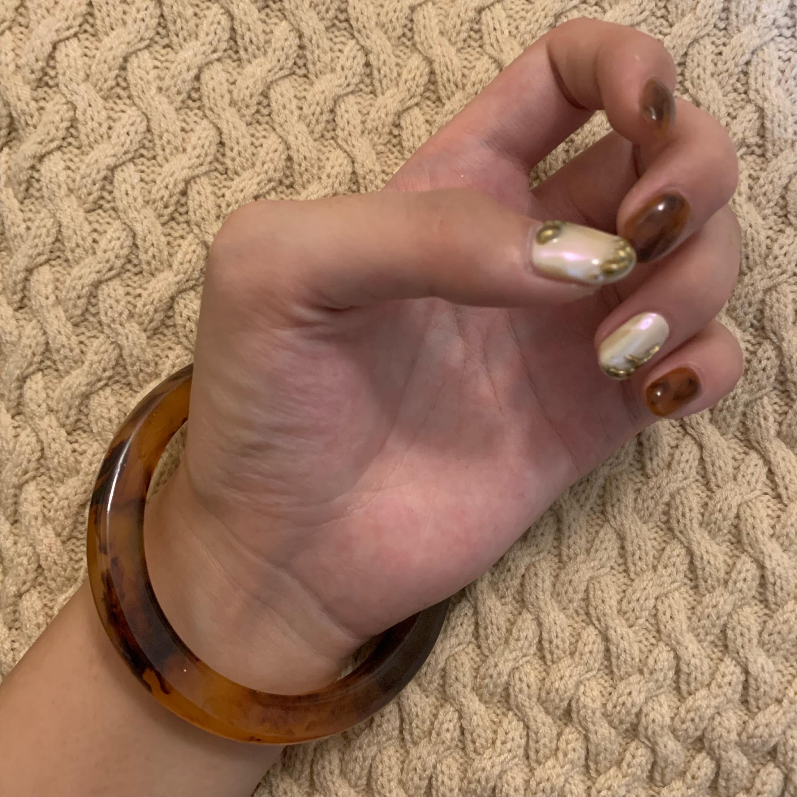 acryl bangle
