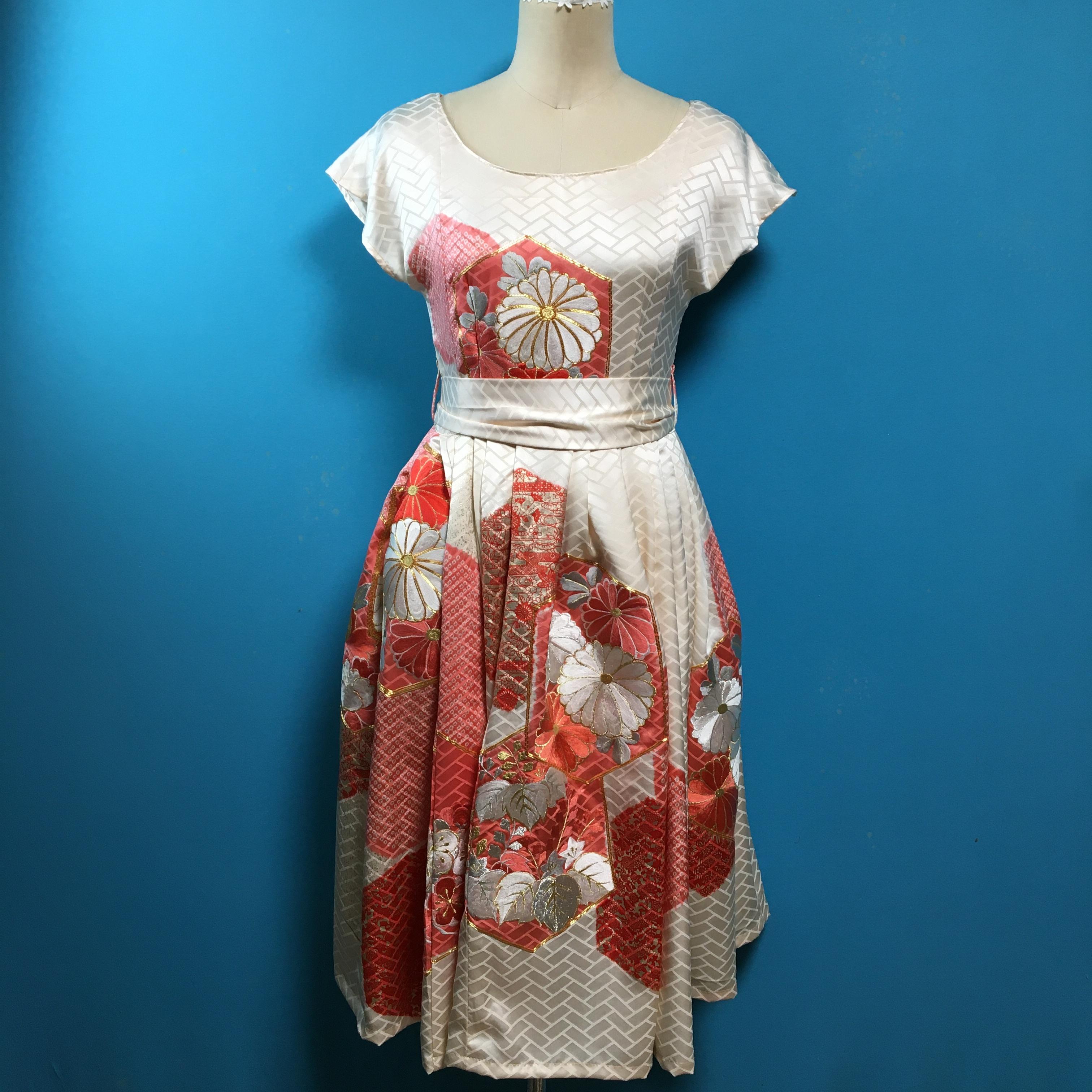 Vintage 振袖 刺繍フレンチスリーブ