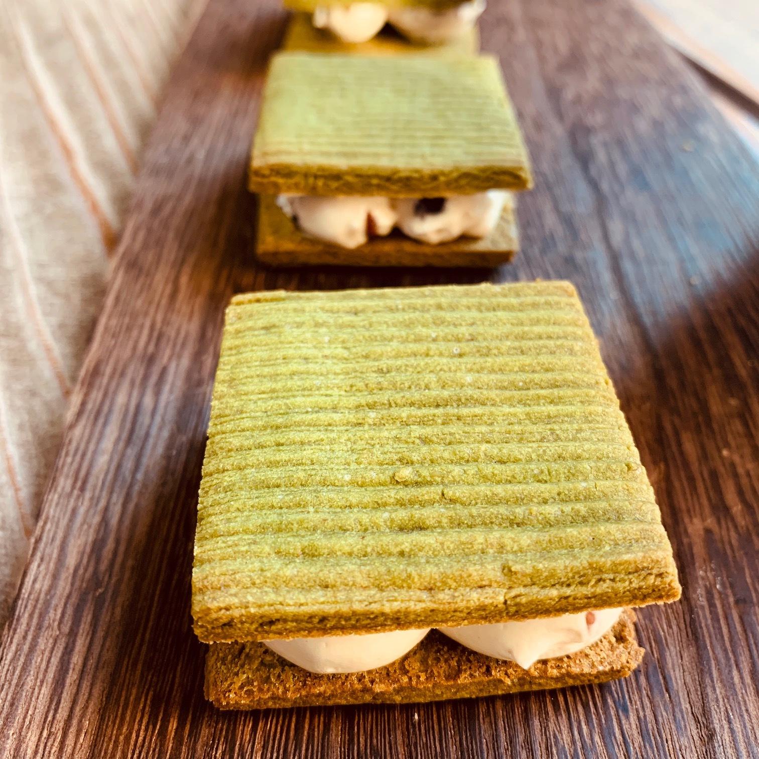 配送専用 黒千石(無農薬黒豆)と宇治抹茶のバターサンド 1個