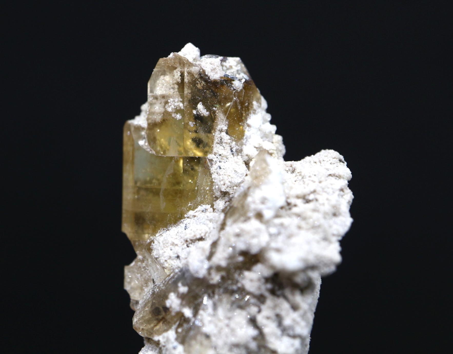 自主採掘!ユタ州産 トパーズ ケース付き 5,6g 原石 標本 TZ015