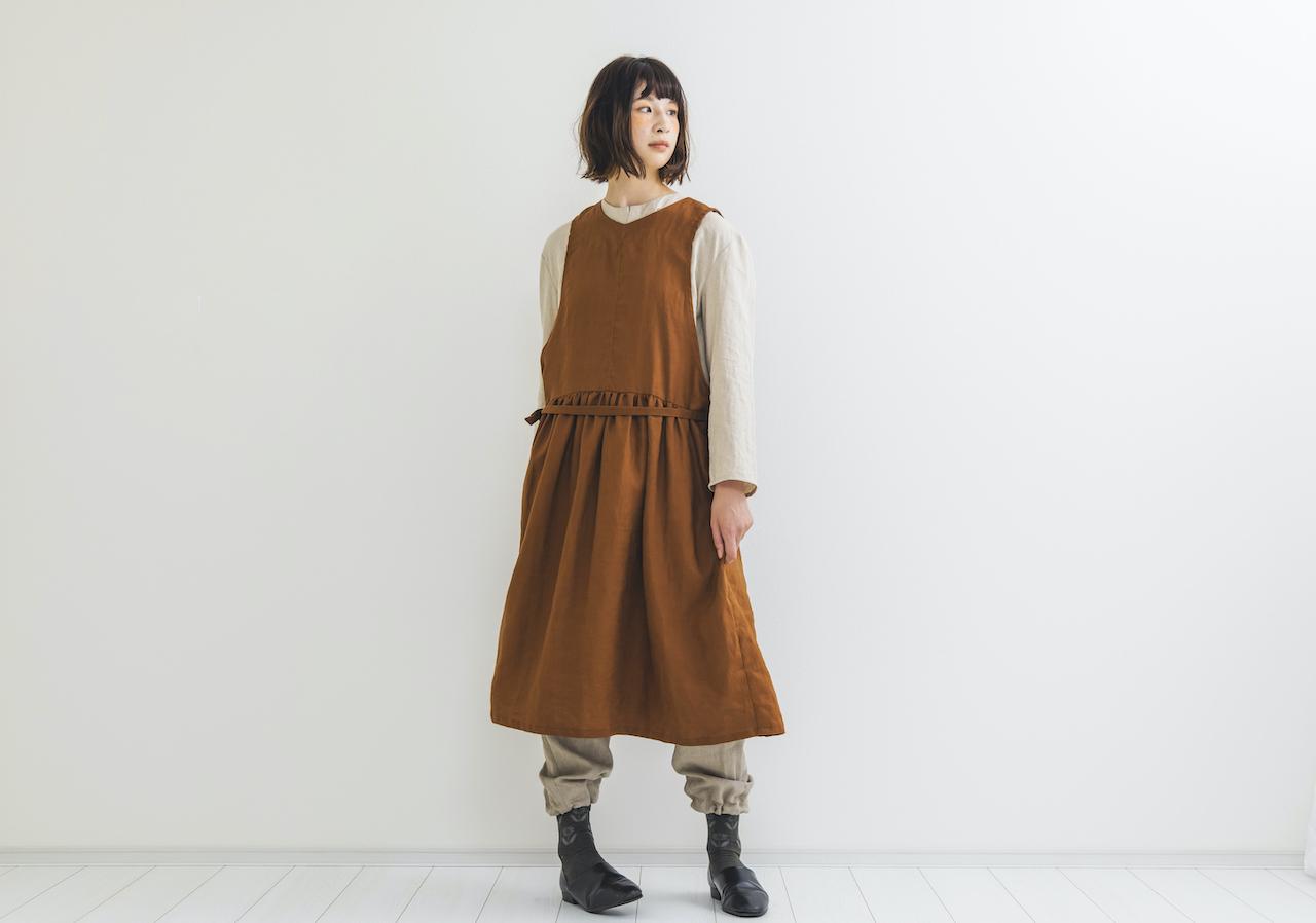 ジャンパースカート型ワンピース