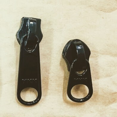 YKK スライダー 10c DFW(短)/ DFL(長) 表使い  黒/カラー つやあり 1個