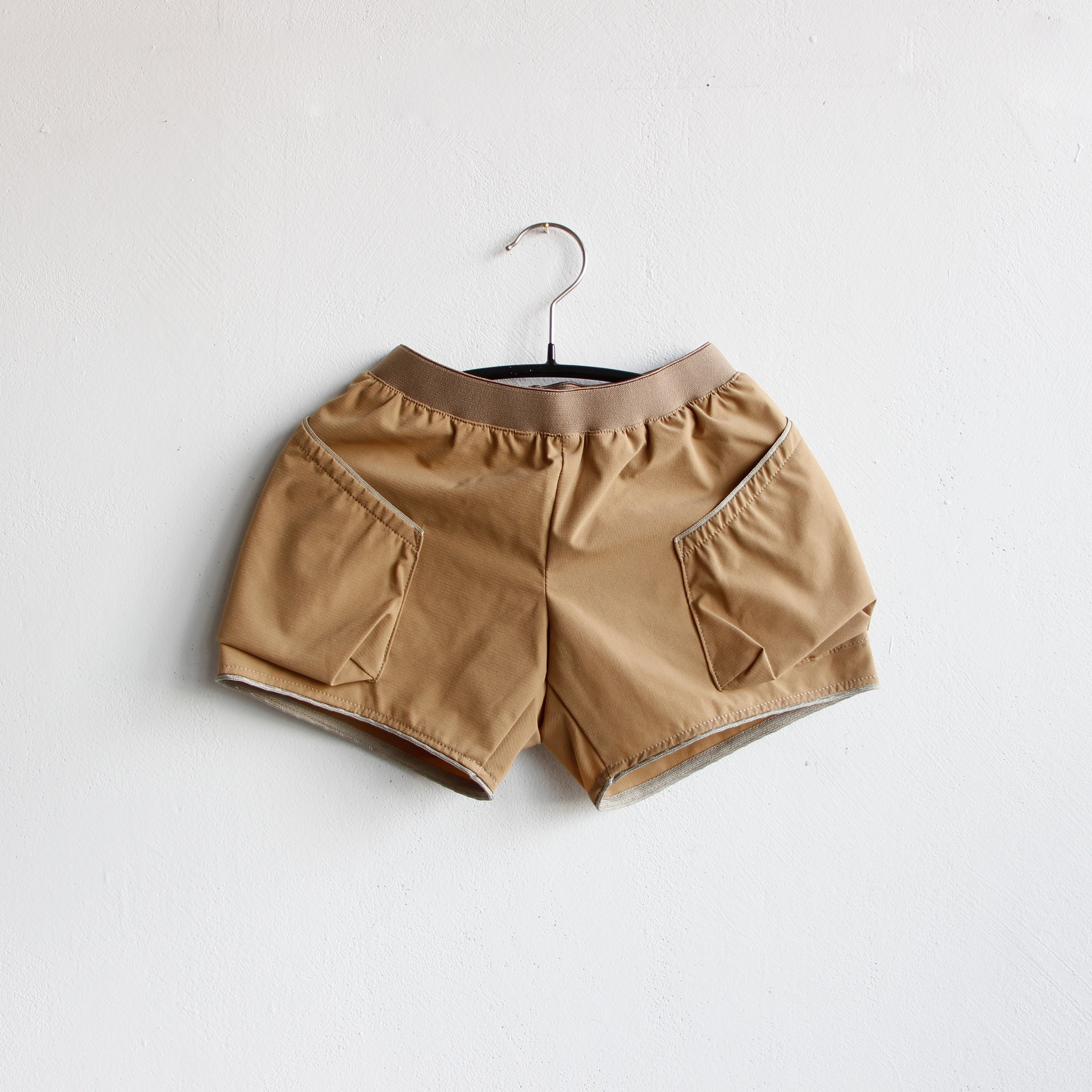 《MOUNTEN. 2020SS》ripstretch shorts / beige