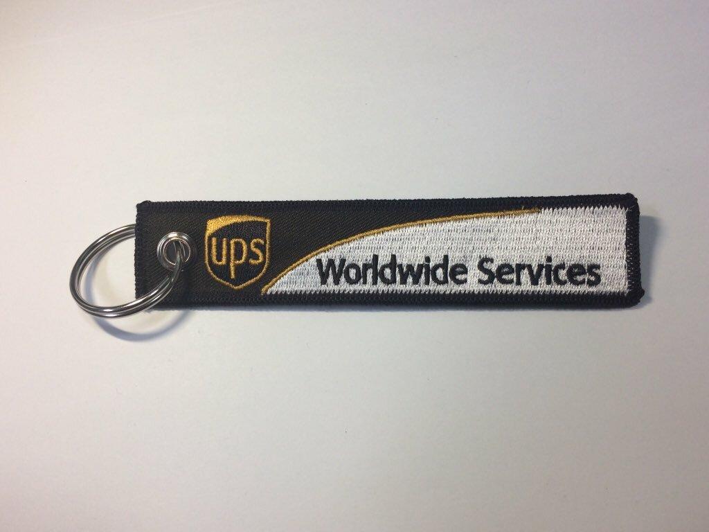 RemoveBeforeFlightキーホルダー UPS