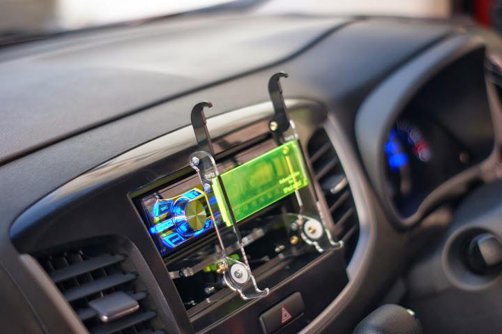 車載用タブレットホルダーWEBストア車載用タブレットホルダー(iPadmini Retina版)(3版4版)