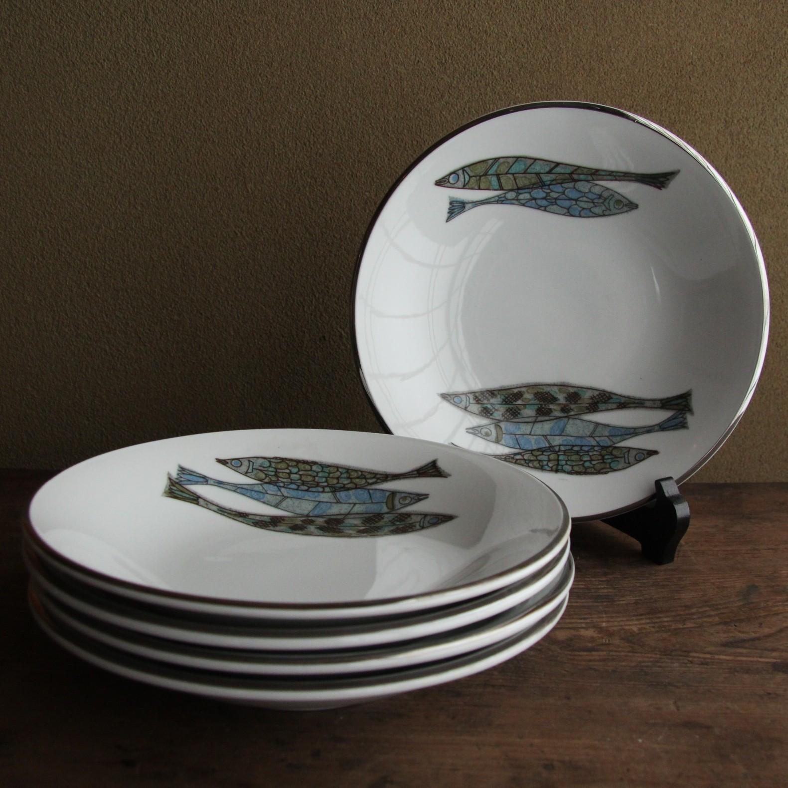 5匹の魚 レトロなカレー皿 残り1枚