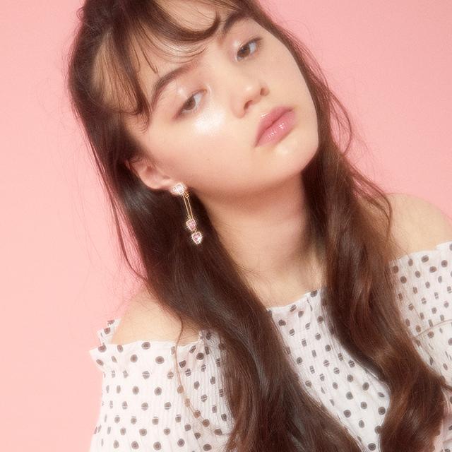 Liquem / スイングハートイヤリング(ピンク)