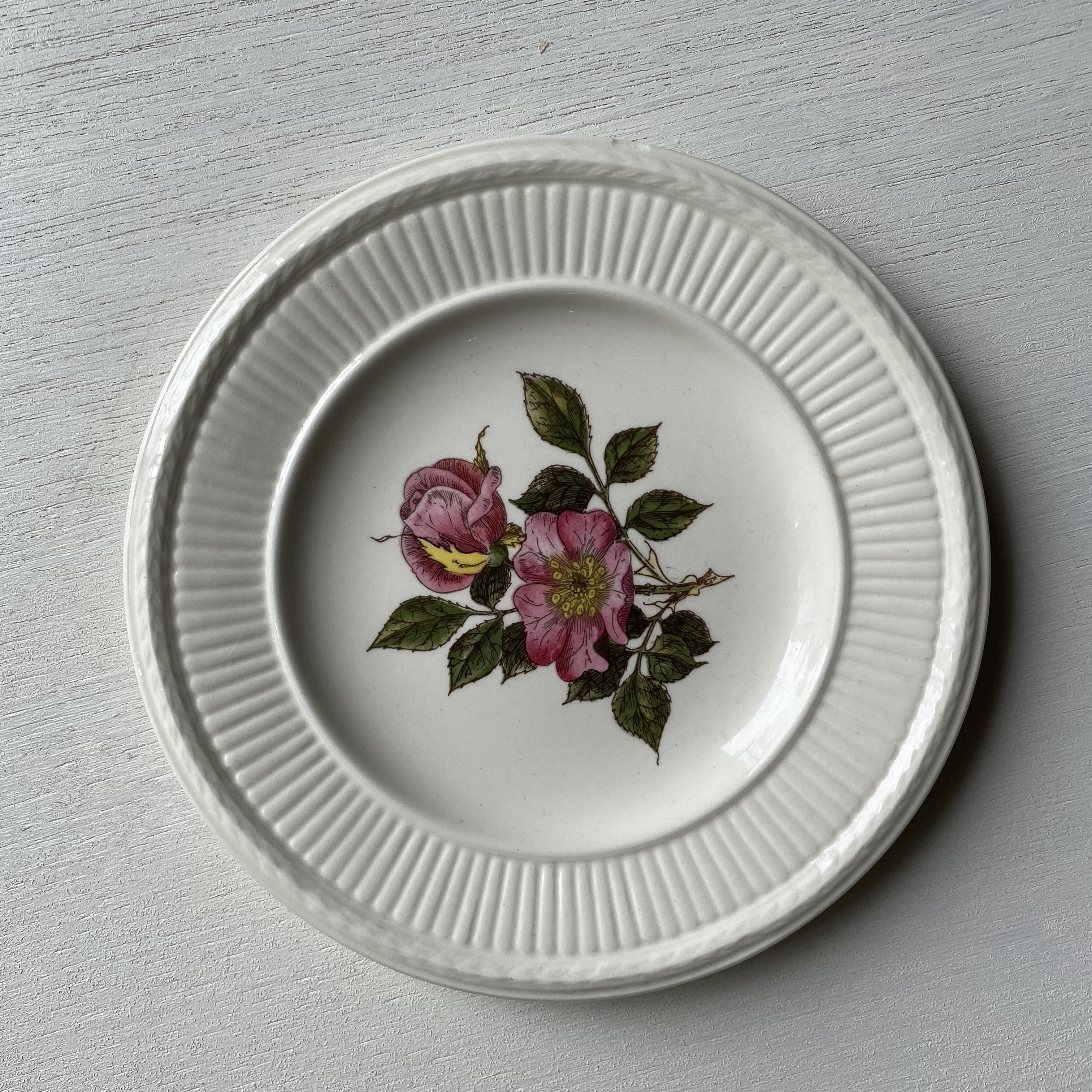 バラ柄の小皿