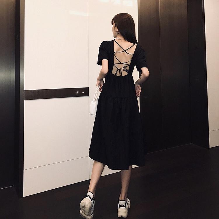 back ribbon simple dress