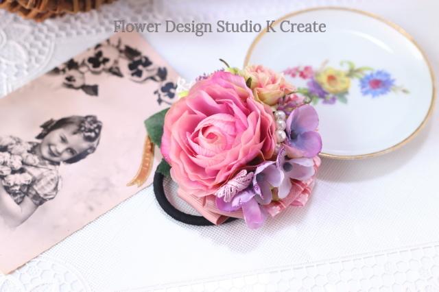 ピンクのラナンキュラスと紫陽花のヘアゴム お花 ヘアゴム 髪飾り パール お出掛け ヘアアクセサリー