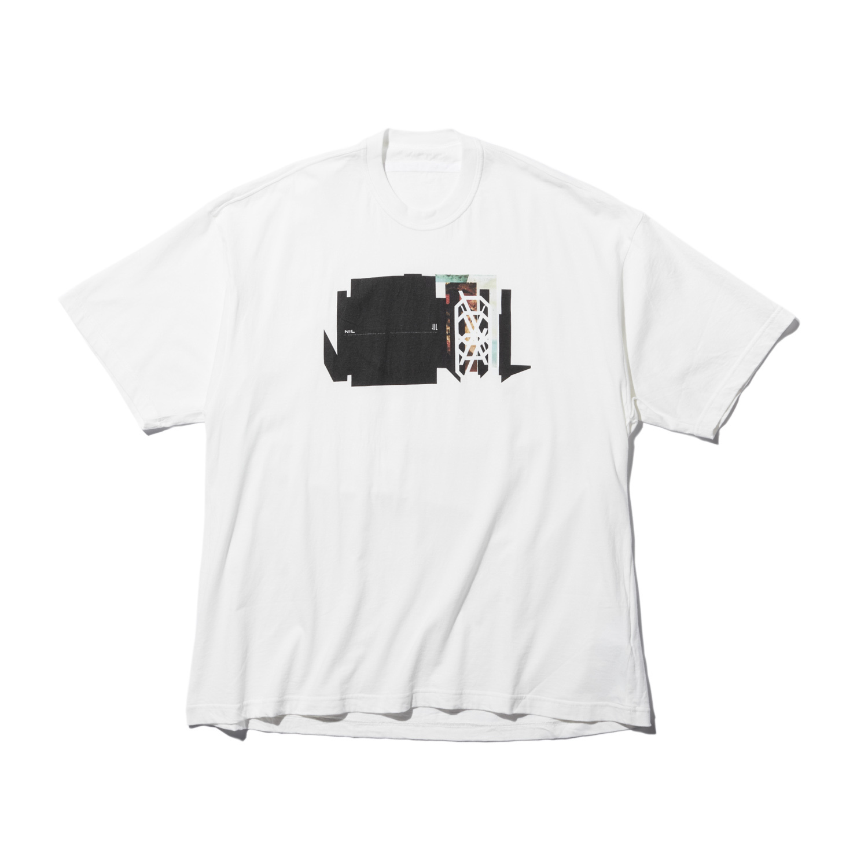 740CPM1-WHITE / NILøS プリント Tシャツ ver.1