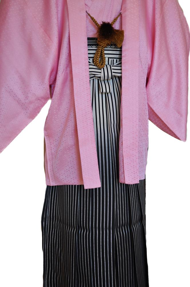 レンタル男性用【紋付袴】桃色着物羽織と黒銀ぼかしの袴フルセットpink1[往復送料無料] - 画像4