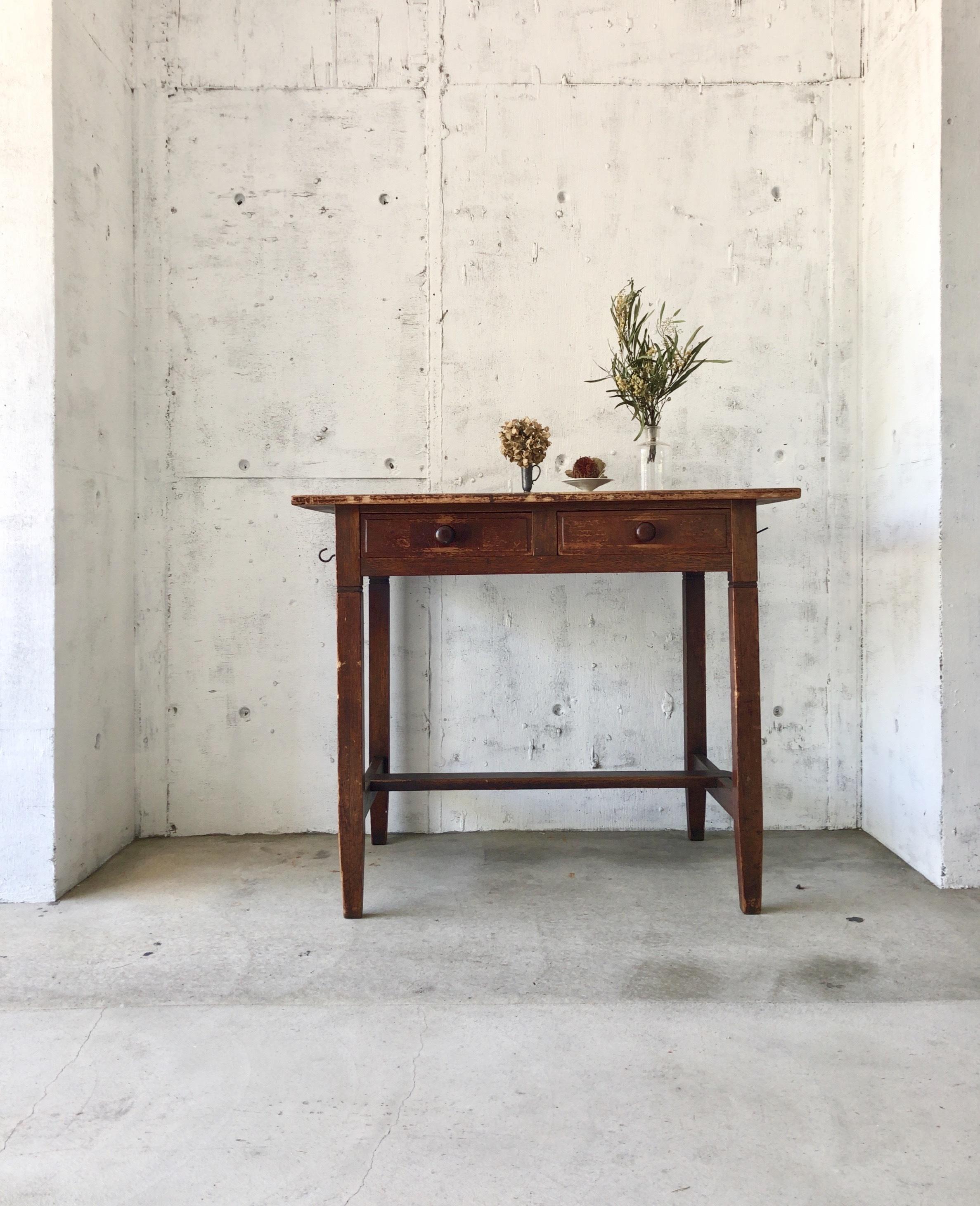 レトロな木製テーブル[古家具]