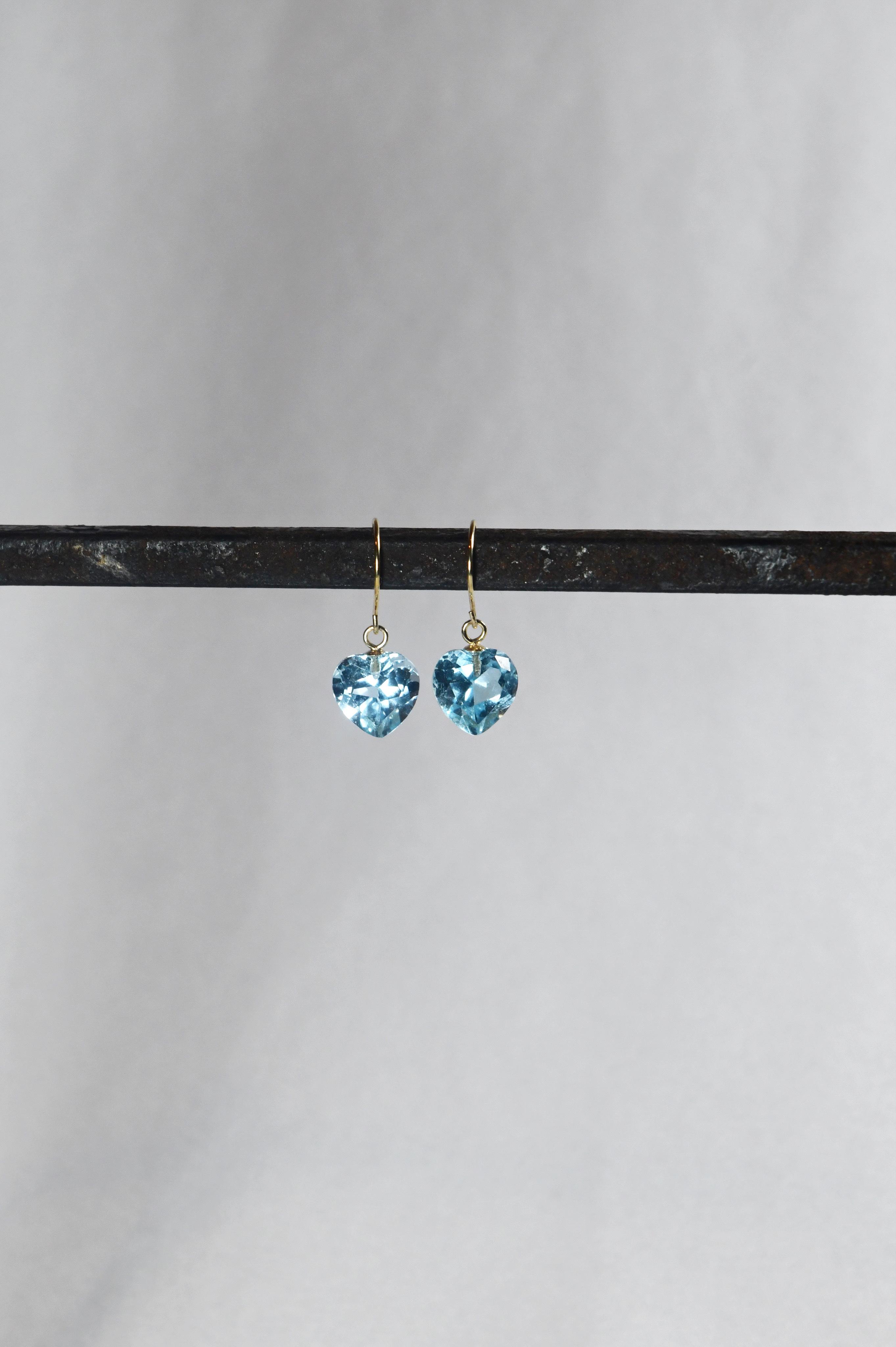 K18 Sky Blue Topaz Heart Earrings 18金スカイブルートパーズピアス/イヤリング(ハート)