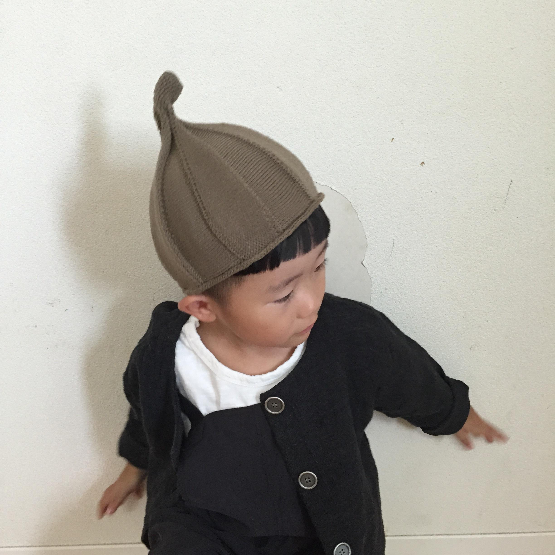 とんがりニット帽