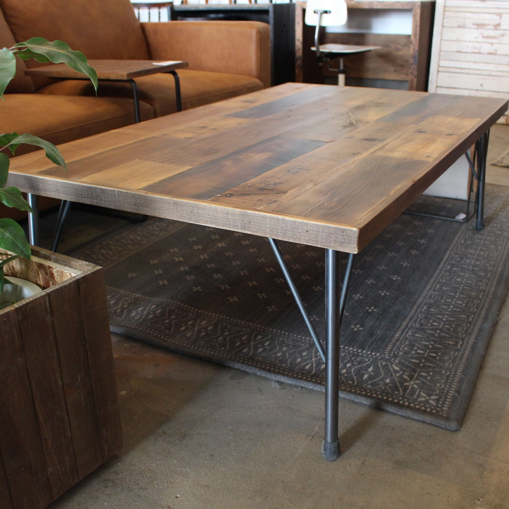 Old Wood Table 1300