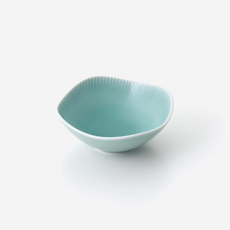 青磁線彫り 小鉢