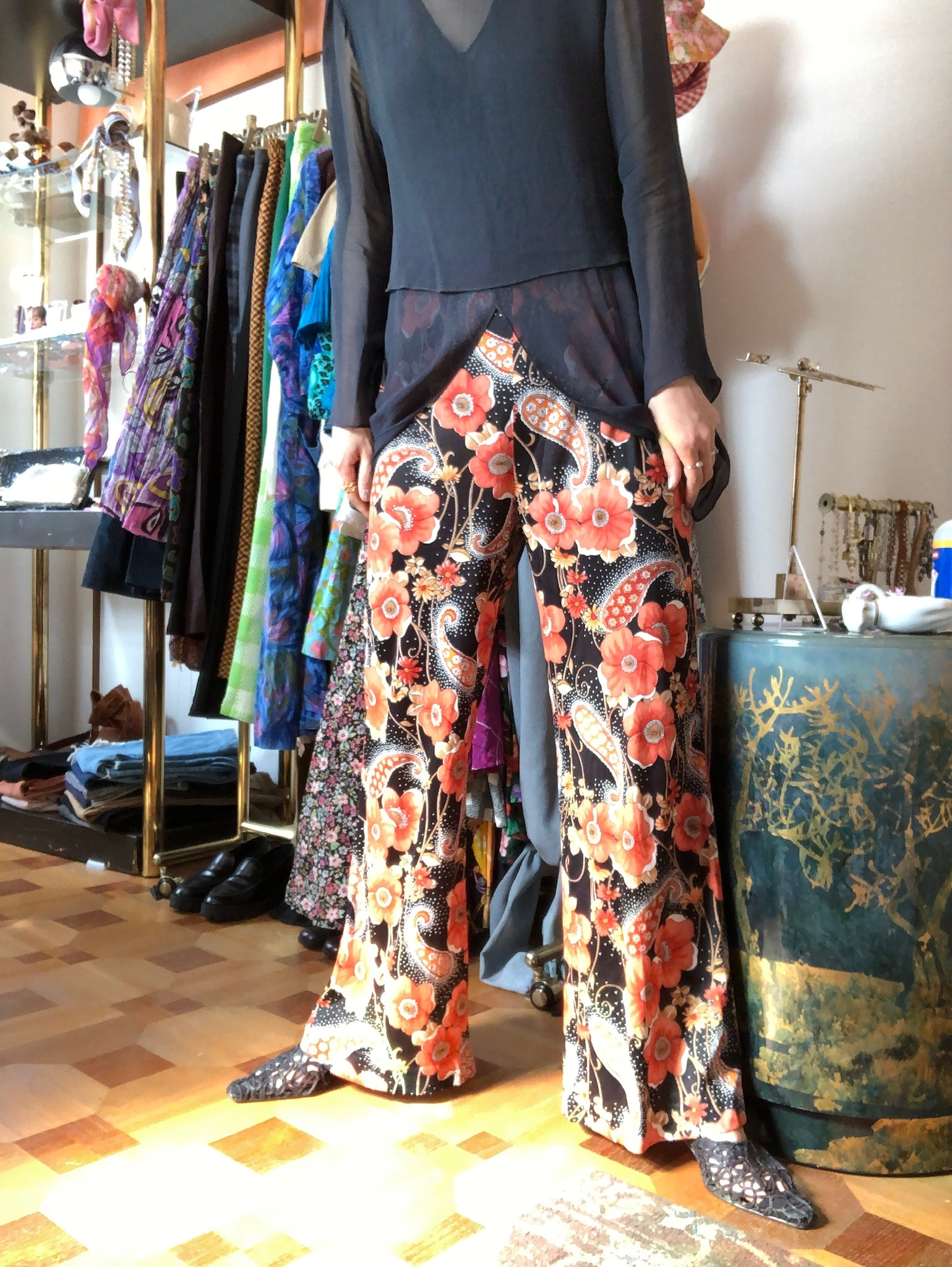 flower printed flare pants