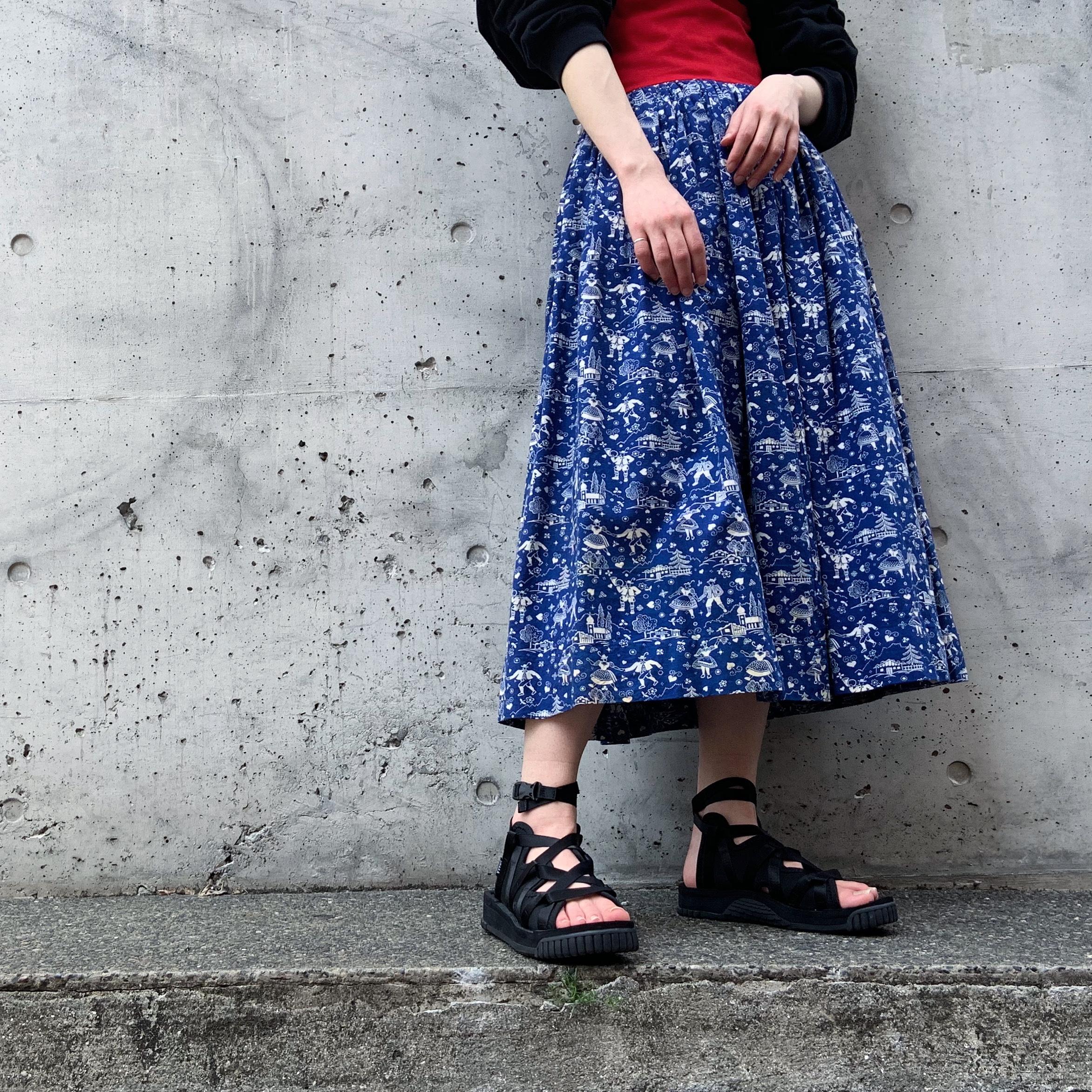 vintage corset flare skirt