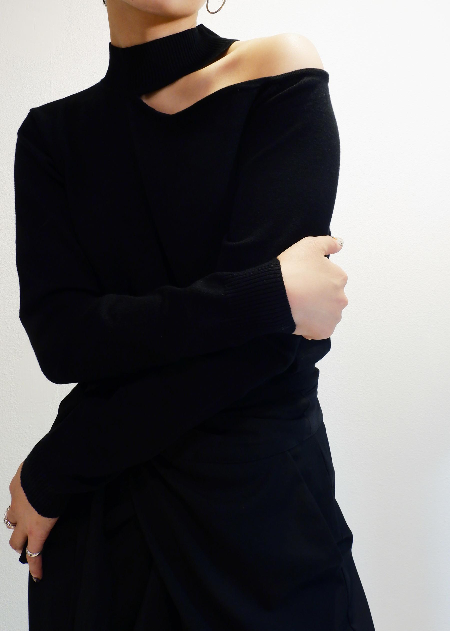 予約商品 one shoulder open knit 12月20日順次配送 liric official
