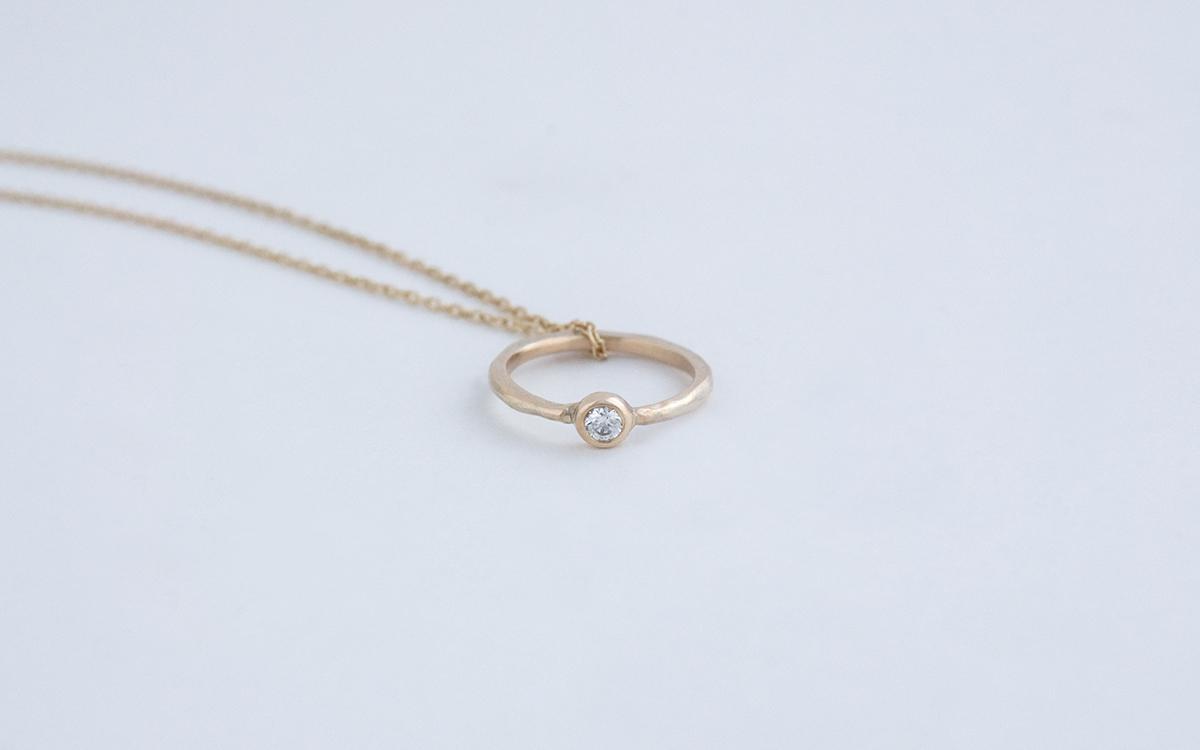 めぐりベビーリングネックレス(ダイヤモンド)