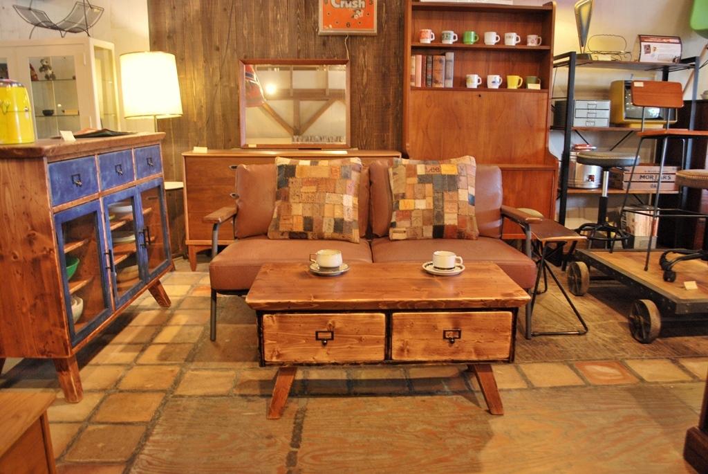 ラスティ2drカフェテーブル