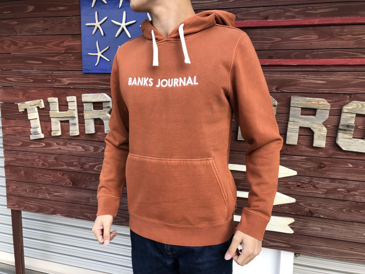 【BANKS】BANKS JOURNAL 刺繍パーカー(red brown)