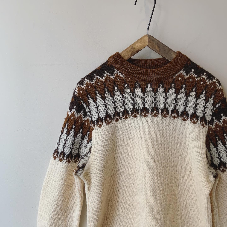 vintage nordic design knit sweater